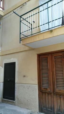 Deliziosa, balcone panoramico. - Altofonte - Casa