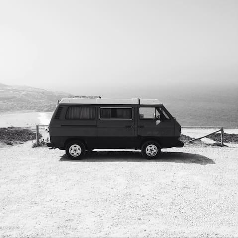 Volkswagen T25 Westfalia Camping 1980