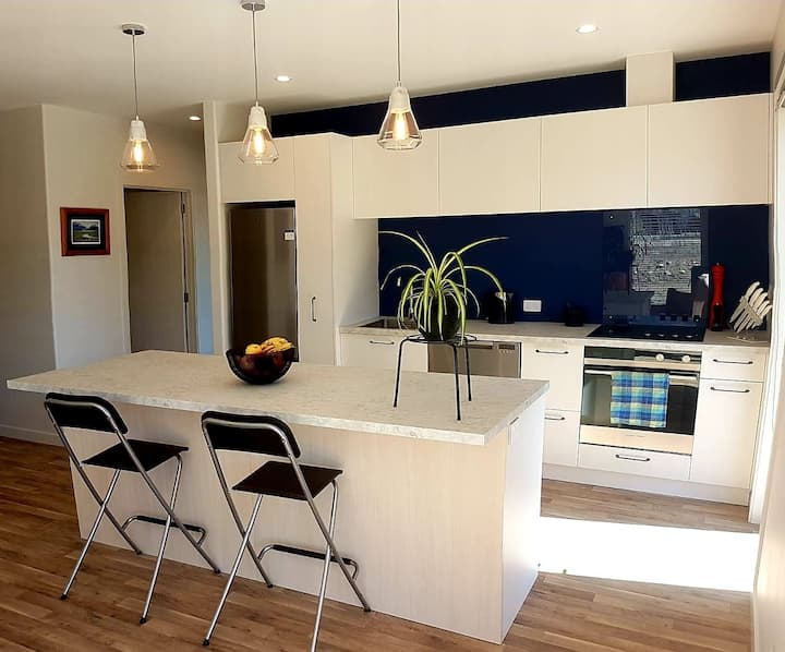 Family Holiday Home in beautiful Lake Hawea