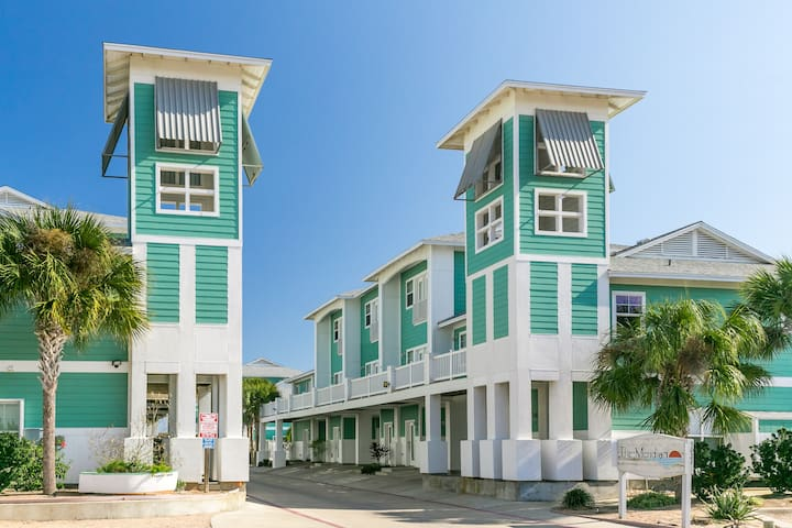 3BR Condo w/Pool Close to Beach - Port Aransas - Apartemen