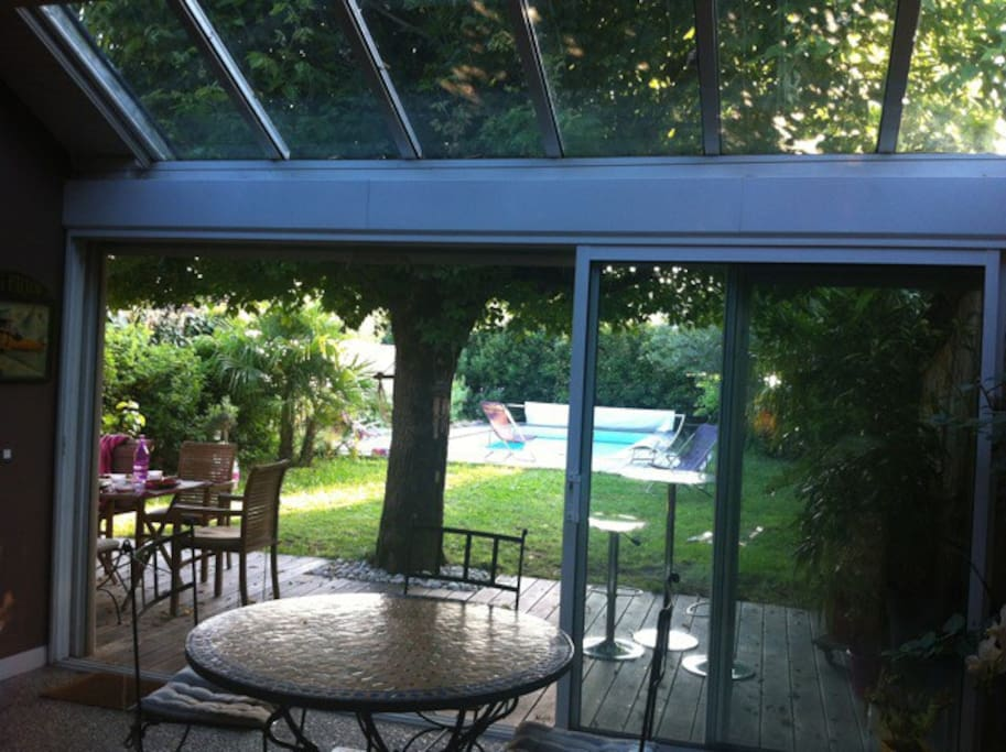 Choppe bordelaise avec piscine houses for rent in for Piscine talence