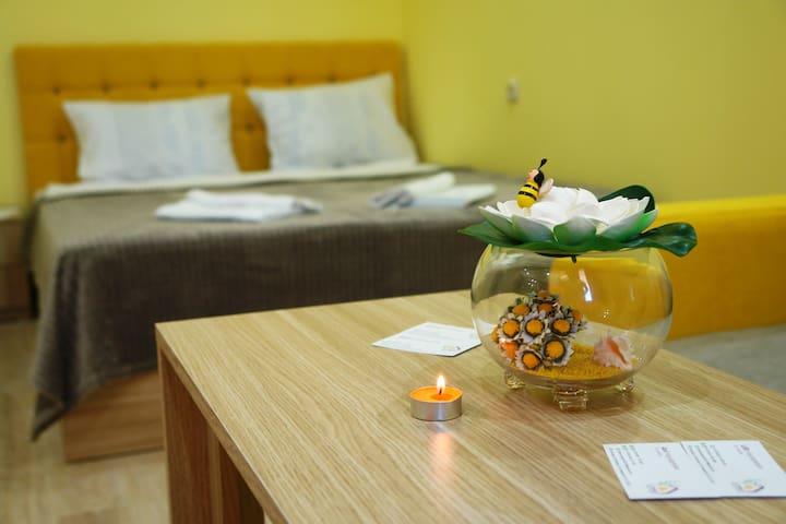 ECO-RESORT LORRET, LUX Yellow apartment-room