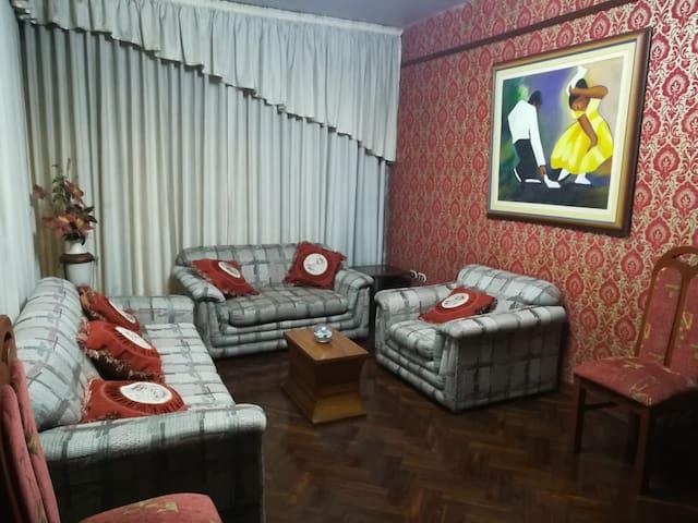 Casa en Trujillo / House in Trujillo