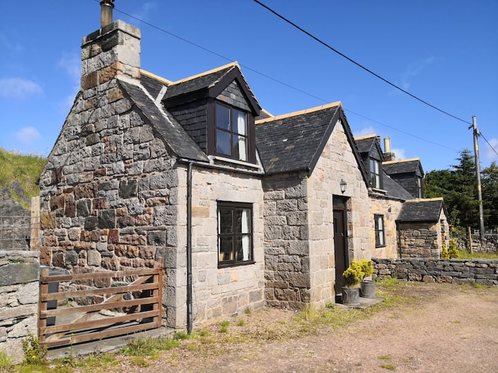 Cranstackie, A Traditional Highland Cottage