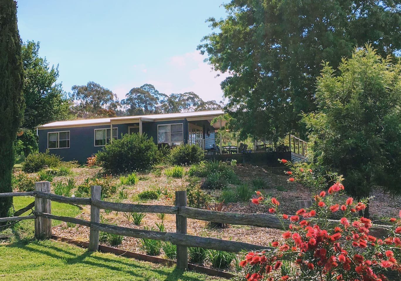 Very peaceful location with a huge, north facing deck to enjoy the beautiful surrounds.
