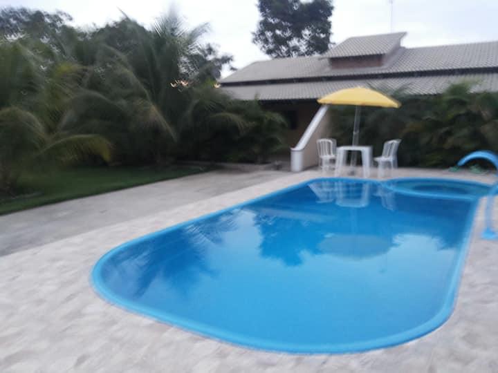 Aruanã - 02 Chalés com piscina - Excelente local
