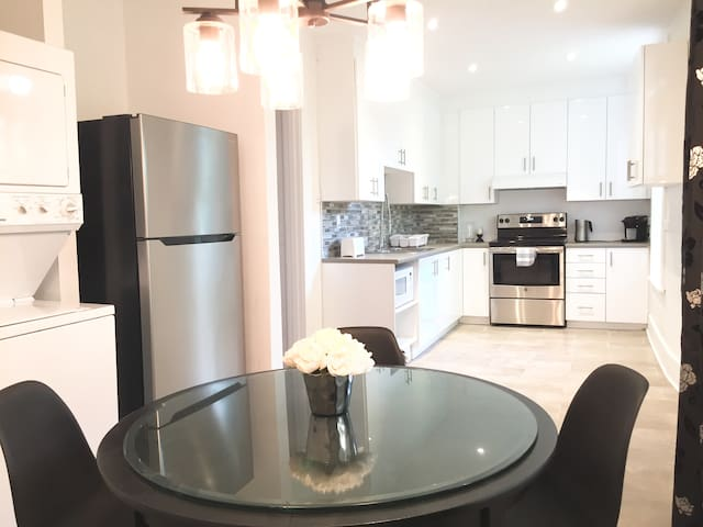 Charming  apartment near the heart of Montreal