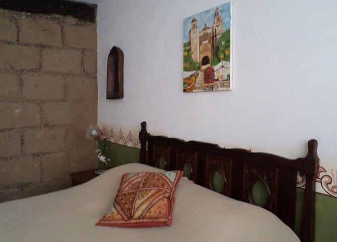 Casa de la greca  ,cuarto verde