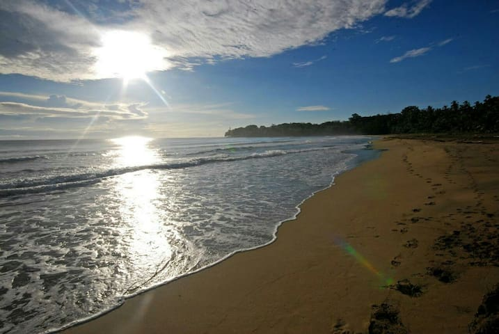 Salir por las mañanas a caminar o ver el amanecer, es una de las actividades que disfrutaras a diario.