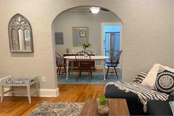 Luxurious 2 Bedroom in  ❤️ of Riverside/Avondale