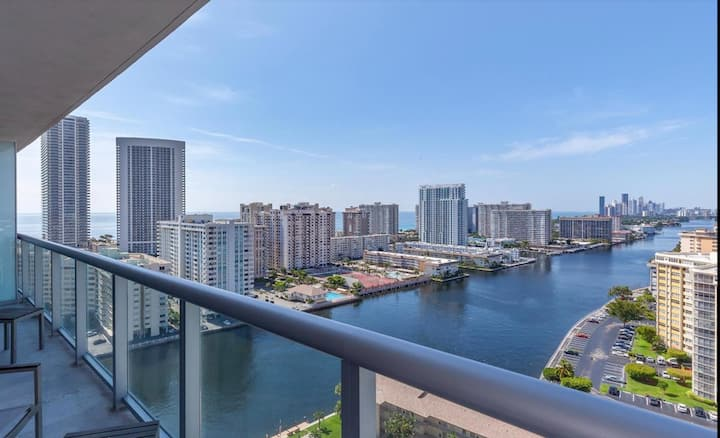 Amazing view! 1 Bedroom at Beachwalk Resort #2109A