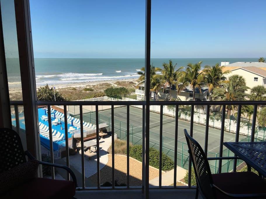 Balcony view to the beach / pool / beautiful sunsets on the west coast of Florida - Balcony has table for 6 people