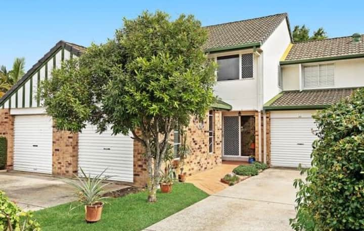 3b house in secured complex with swimming pool
