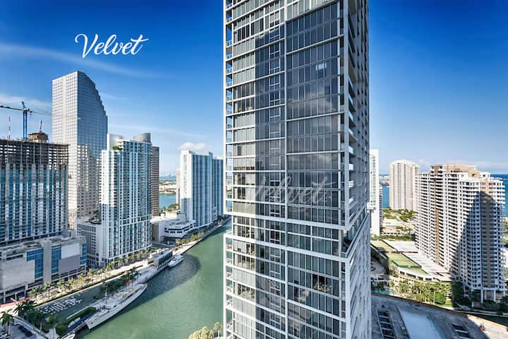 ★ ICON Brickell GORGEOUS Modern Condo 32nd floor ♡