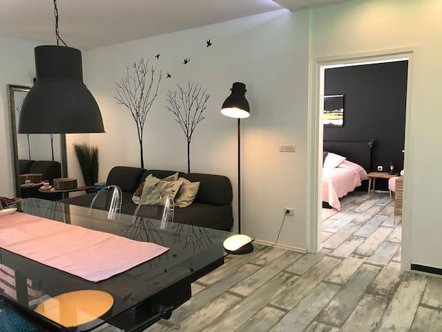 Romantic Apartment with Pool