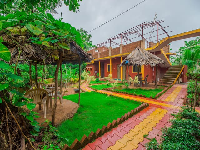 OYO (Lightning Deal)⚡ - Traditional 1BR Stay, Goa