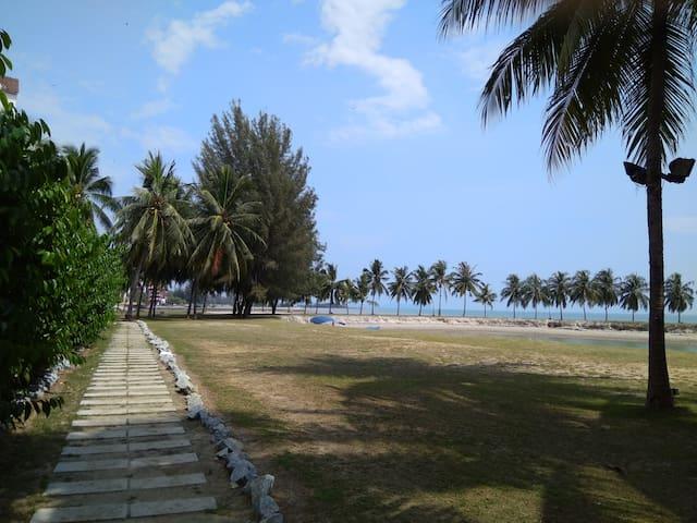 Walk way to Corus Paradise Resort