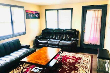 CozyPlace by Niagara River Legal & licensed Rental