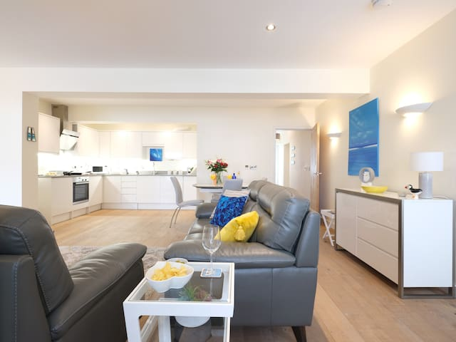 Boutique apartment near Porthminster beach