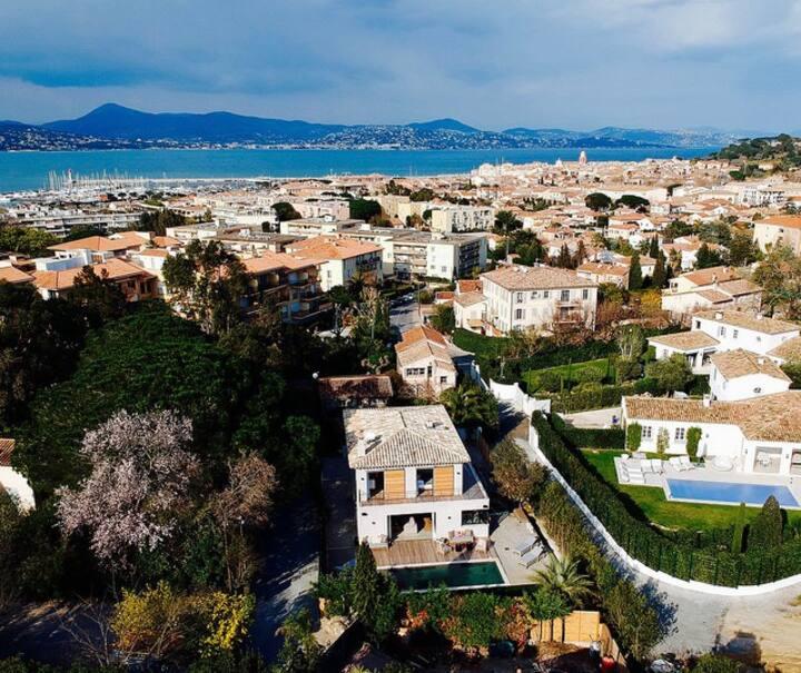 Villa 4 chambres Piscine et Jardin proche centre