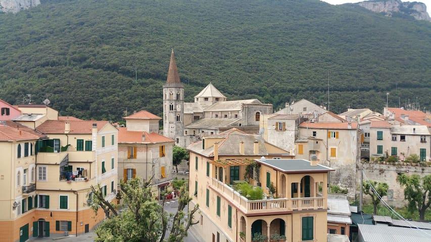 Finestra su uno dei borghi più belli d'Italia - Finale Ligure - Appartement