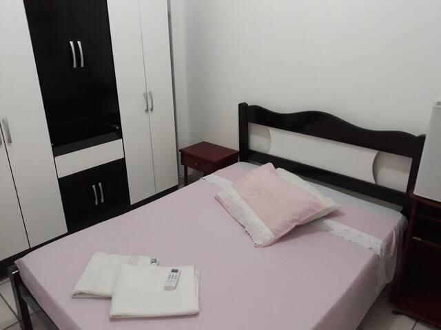 Hospedagem Pelotense 08 - Suite Casal