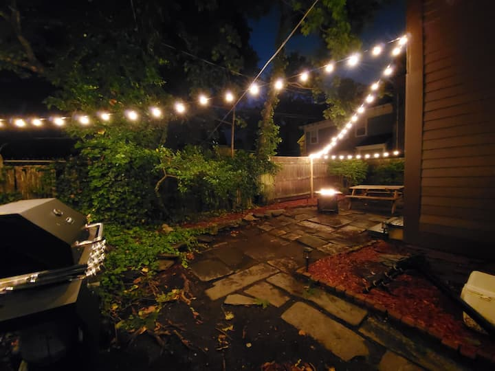 3br on Spring with backyard