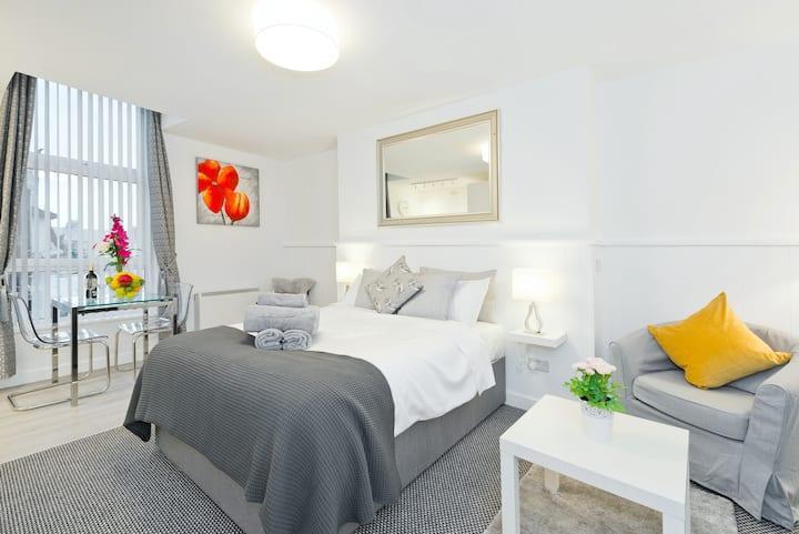 (6) New Studio Apartment, Fab Location Rathmines