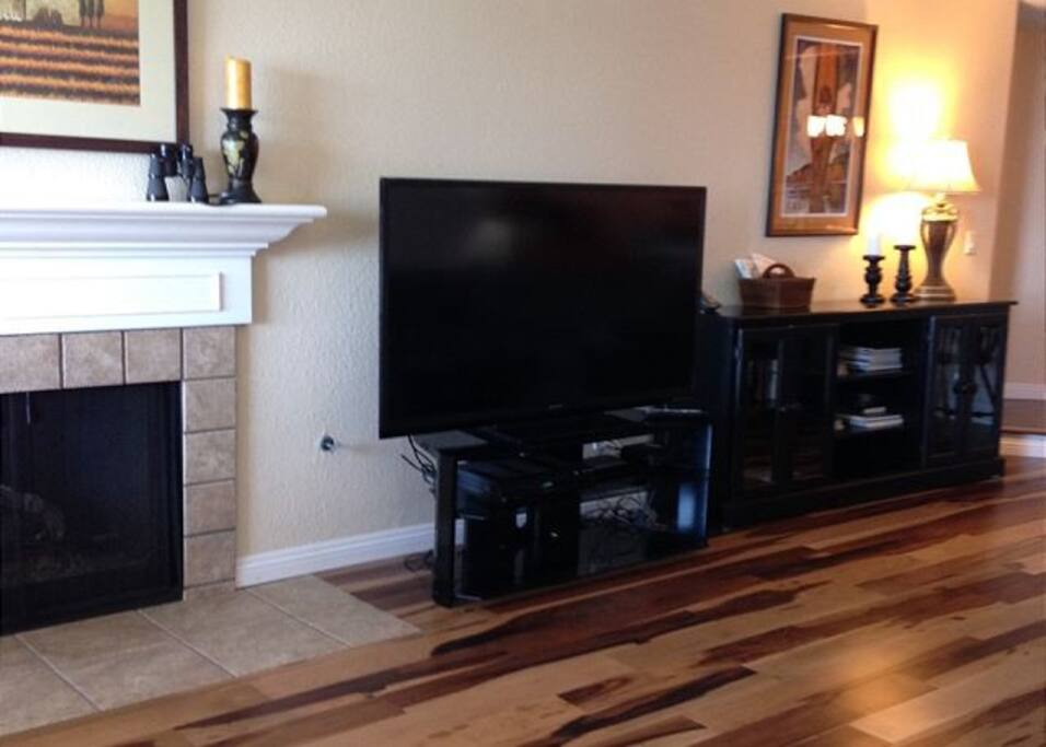 Big, flat screen TV & wireless internet included.