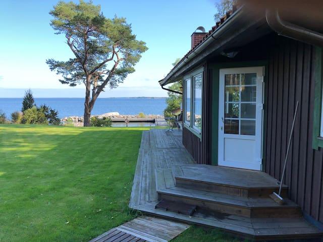 Välutrustad villa vid havet