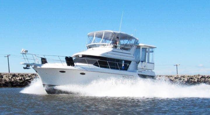 "Luxury ""Carver"" Yacht -underwater night lighting."