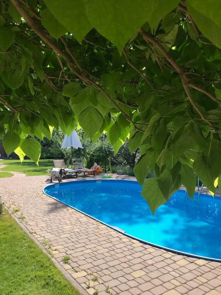 Аренда дома с бассейном и барбекью