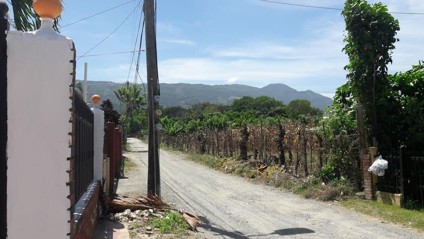 Casa Las Palmas 7 alquilo amueblada en Jarabacoa