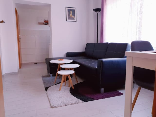GREAT, MODERN APT- totally NEW-15 min to Ljubljana