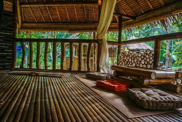 Bamboo cottage by the river - Loboc, Central Visayas, PH - Bungalow