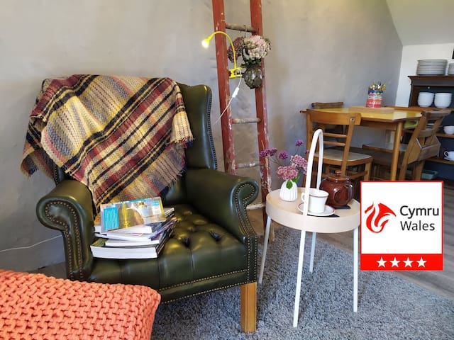 Hayloft - stylish and well equipped family cottage