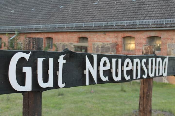 Denkmalgeschützes Haus auf Gutshof mit Sauna