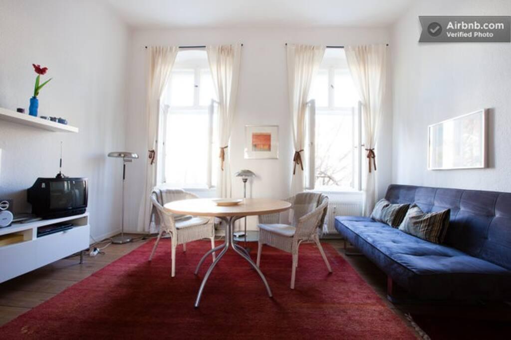 Beautiful Kreuzberg Studio Wifi Reg Pend Apartments