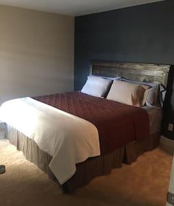 Southside spacious cozy Guestroom - Jacksonville - Lägenhet