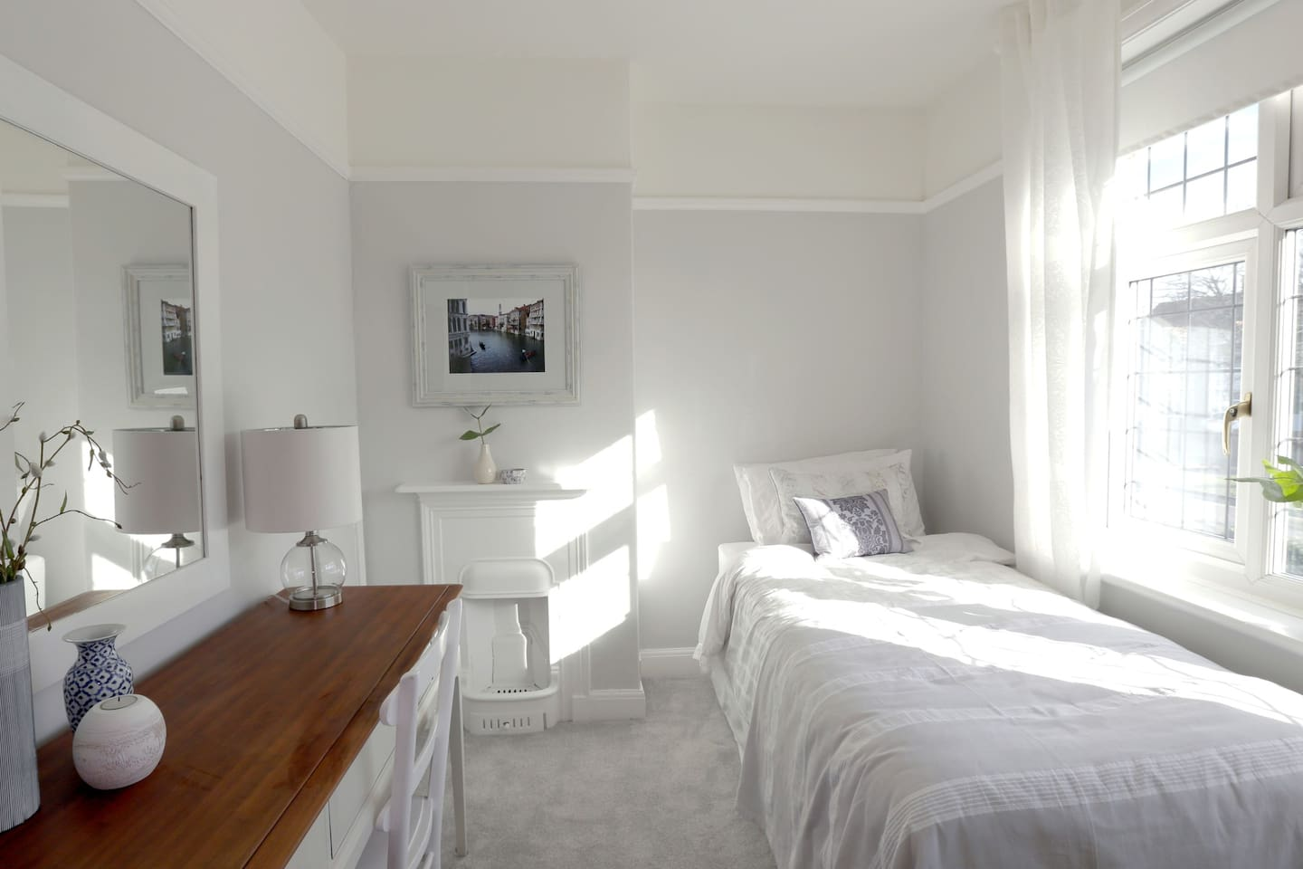 Single Bedroom - Front of House (Bed#2)