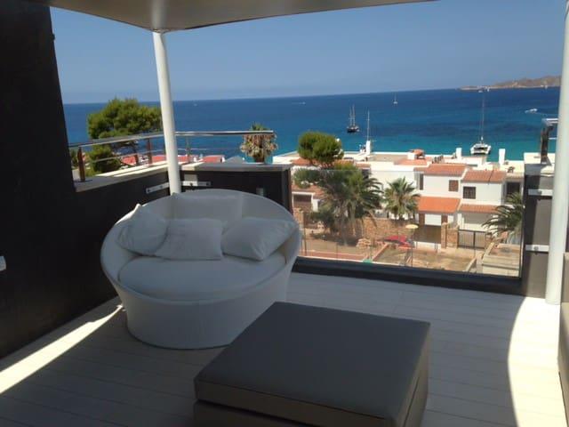 Roof Terrace Lounge