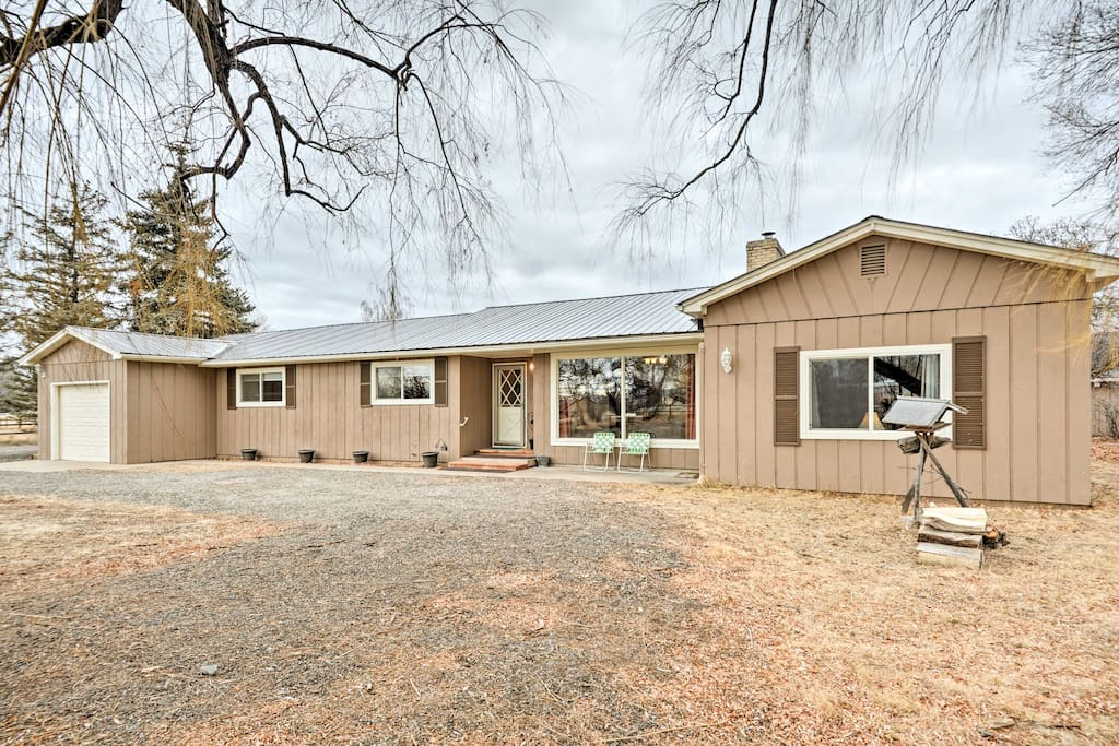 Sleeping up to 8 guests, this home is brimming with essential amenities!