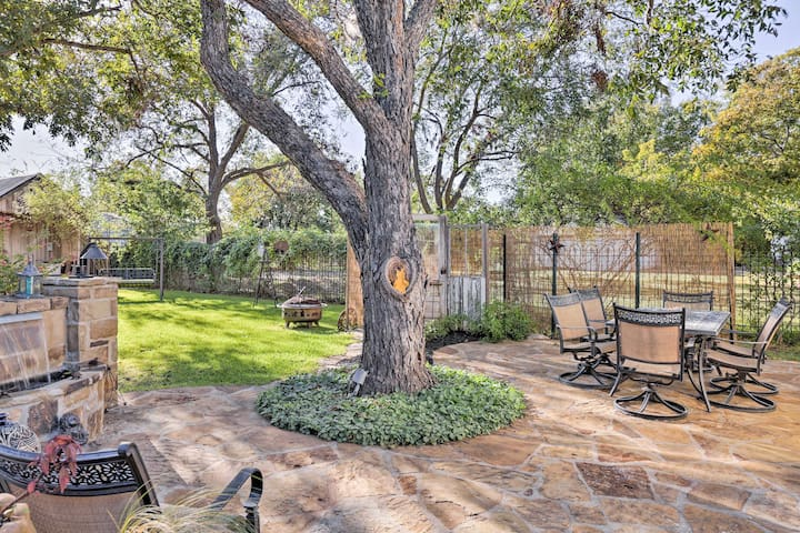 The private back yard is great for enjoying a glass of local wine outdoors.