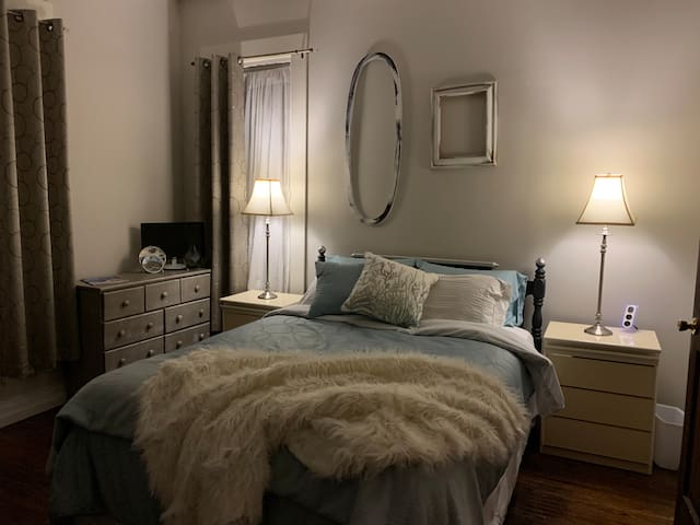 Cerulean Lounge Room