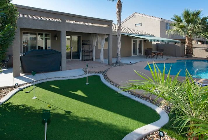 Pristine 4BR Tolleson House w/Pool - Tolleson - House