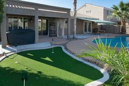 Pristine 4BR Tolleson House w/Pool - Tolleson