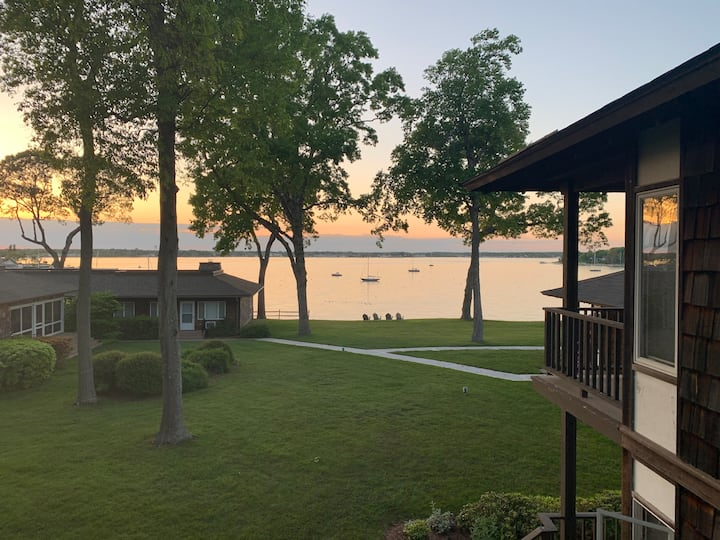 Stare at the Water: Harborview 1BR Apt w/ Balcony