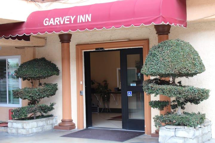 酒店大床房 G