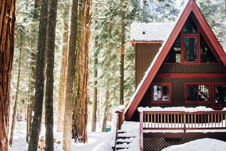 Modern Tahoe A-Frame - Tahoe City - House