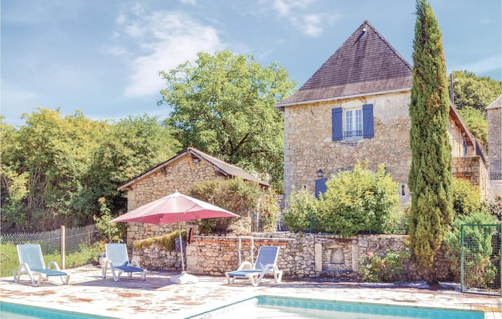 Holiday cottage with 3 bedrooms on 117m² in La Bachellerie